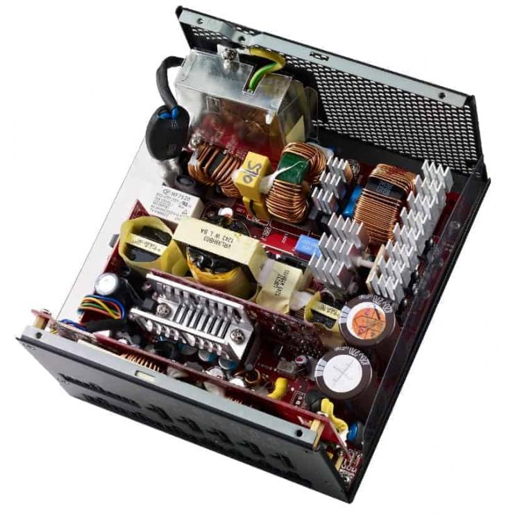 Cooler Master Vanguard 1000W A/UK Cable SMPS